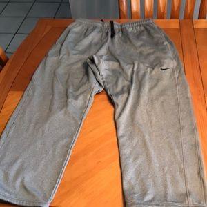 Men's size XXL therma fit Nike pants